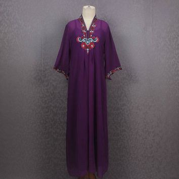 Moroccan Purple Kaftan Dress Summer Beach Floral Hand Embroidered Kaftan Dress Pretty Cover Holiday Kaftan Maxi Dress
