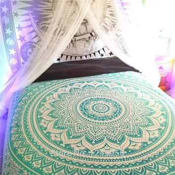 203x153cm Green Snowflakes Round Circle Tapestry Indian Mandala Tapestry Wall Hanging Tapestries Cotton Bedspread Beach Yoga Mat