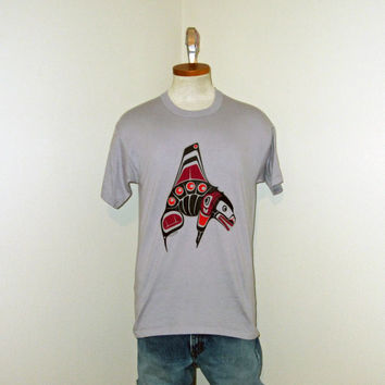 Vintage Epic 80s TOTEM Pole Native TRIBAL Canada Graphic Killer WHALE Orca Gray Medium Soft 50/50 T-Shirt