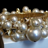 Vintage Faux Pearl and Gold Tone Decorative Findings Cha Cha Expansion Bracelet