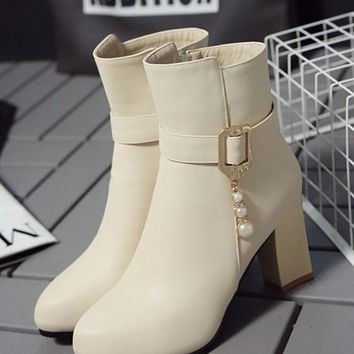 New Women Beige Point Toe Chunky Buckle Add Feathers Fashion Ankle Boots