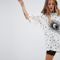 Motel Oversized T-Shirt Dress In Sunburst Print at asos.com