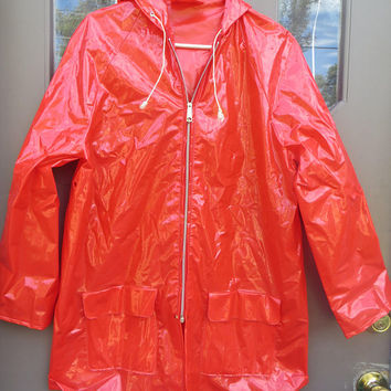 vtg red  Shiny Raincoat  Mod Jacket Slicker Vinyl  hooded  Jacket PVC  Raincoat  Vintage Clothing Women's Size LARGE  BY  Betmar  1970