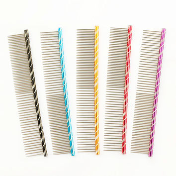 Armi store Pet Dog Comb 6062003 Bright Multi-Colored Stripe Grooming Comb For Shaggy Cat Dogs Barber Grooming Tool Salon 5 Color