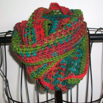 Christmas Merino Infinity Scarf Cowl, in Tones of Red and Green, Handmade Crochet, 100%  Extra Soft Virgin Wool
