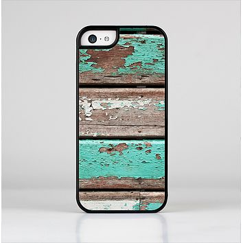 The Chipped Teal Paint On Wood Skin-Sert Case for the Apple iPhone 5c