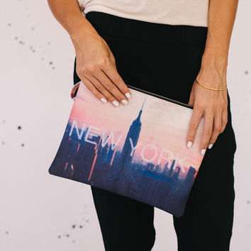 New York Zipper Pouch