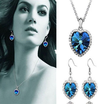 Oceanic Pendant & Earrings. Dare to Shine.Feel Like a Star.Act Like a Star