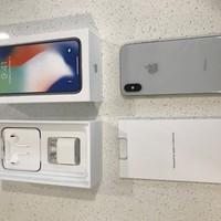 Apple iPhone X ‑ 256 GB ‑ Silver ‑ Unlocked MQA92X/A