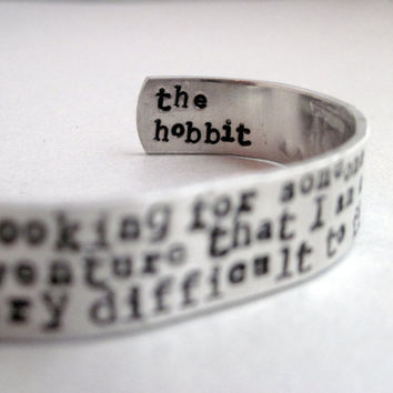Hobbit bracelet -Im Looking for Someone - 2-Sided Hand Stamped Aluminum Cuff - customizable