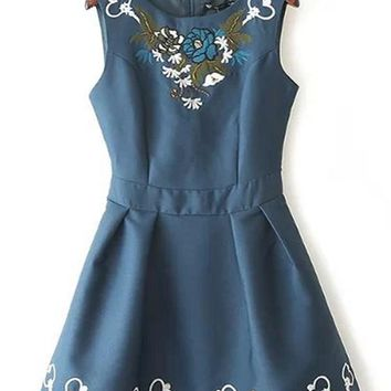 Streetstyle  Casual Blue Flowers Embroidery Beading Round Neck Sleeveless Dress