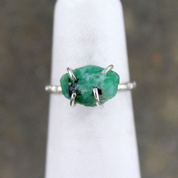 Emerald Ring - Raw Green Emerald Gemstone - Sterling Silver Stacking Rings - Rough Uncut Emerald - May Birthstone - Rustic Engagement Ring