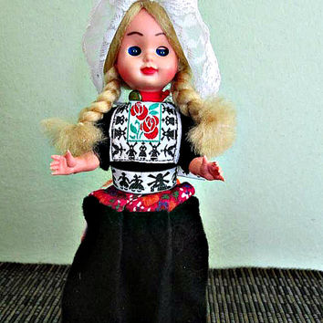SALE! Vintage Dutch Doll In Holland Costume, Original Handmade Netherland, Volendam Doll, Costume Doll, Ethnic, Folklore Doll