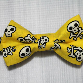 Skull Pirate Yellow Bow tie, Babies Boys, Toddlers. Great for Birthdays, Church Photo Shoots and more.