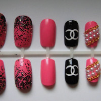 Barbie Pink Designer Inspired Press-On Nails with Chains & Pearls