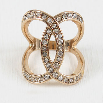 Oval Hook Ring