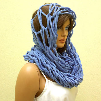 Loop scarf, circle scarf, arm knit loop scarf, infinity scarf in blue, chunky neck warmer, gift for her, valentines gift for her