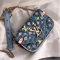 LV NEW WAVE 2020 New Women's Floral Embroidered Shoulder Bag Chain Bag