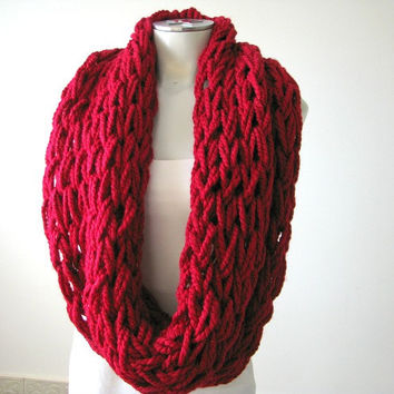 Women's Infinity Scarf, Chunky Arm - Knit Infinity Scarf, Winter scarf, gift for her, women's accessories, Red Wool Scarf