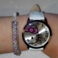 White Hello Kitty Watch and  Swarovski bead bracelet (in gift box)