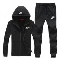 NIKE 2018 autumn and winter new casual hooded jacket trousers running clothes two-piece suit black