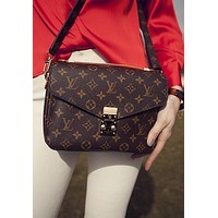 LV Louis Vuitton Classic Women Leather Crossbody Satchel Shoulder Bag