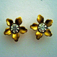 vintage flower post earrings with crystal center