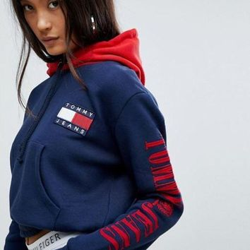 Tommy Jeans 90s Women Fashion Pullover Capsule Top with Arm Logo Hoodie G