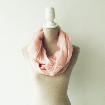 Pink Infinity Scarf Soft Pastel Blush Wedding Bridesmaids Gift Light Peach Circle Scarf Lightweight Modern Loop Tube Scarf Summer Autumn