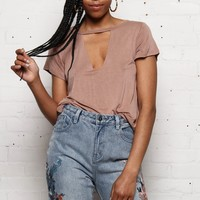 Dalia Cutout Choker Tee Shirt - Faded Mocha