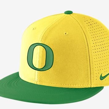 Oregon Ducks Yellow DF Vapor Snap Adjustable Hat By Nike