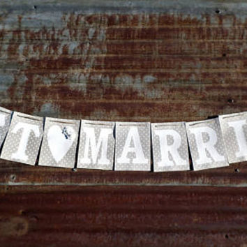 Rustic Wedding Just Married Banner, Country Wedding Banner, Beach Wedding, Outdoor Wedding