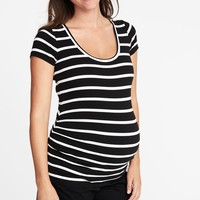 Maternity Fitted Scoop-Neck Tee|old-navy