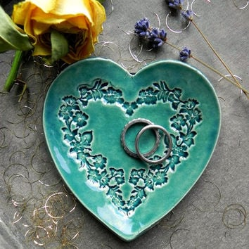 Valentines Day Heart Jewelry Dish Floral Wreath Wedding Ceramic Ring Dish Peacock Plate Love  Pottery Bridal Flower Pattern Earrings Holder