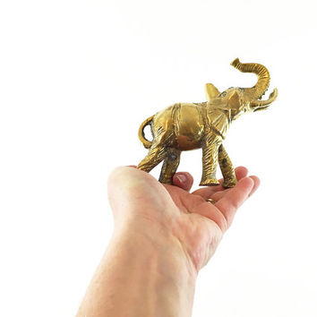Vintage Brass Elephant / Sculptural Animal Art / Gold Home Accent / Hollywood Regency / Glam Paperweight / Chic Aged Metal Figure / Figurine
