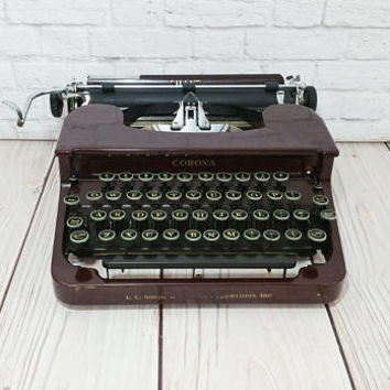 Vintage Working Maroon Royal Silent Typewriter Portable Compact Travel Typewriter With Case