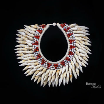 SeaShell Necklace PAPUA NEW GUINEA Large Cream Braided Rope Necklace Decorated With Off White Cream Spiral Shells, Job Tears Seeds,Red Seeds