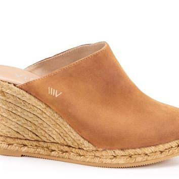 Estreta Suede Clogs - Sahara Brown