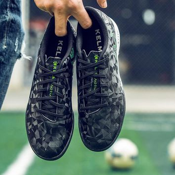 KELME professional Soccer Shoes 2017 Men Sports Football Boots TF Turf Soles Sneakers chuteira futebol Soccer Cleats 6983301