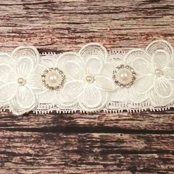 Beautiful Pearl and Lace Flower Baby Headband