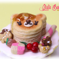 Lovely and unique bear pancake ring, food miniature ring by Giuliart