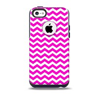 The Pink & White Chevron Pattern Skin for the iPhone 5c OtterBox Commuter Case