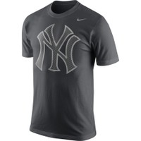 '47 Brand Men's New York Yankees Heritage Navy/Grey Raglan Three-Quarter Sleeve Shirt