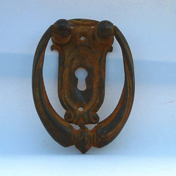 vintage handle knockers iron castings/antique door handle/ key hole/