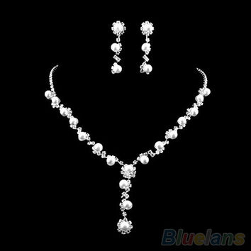 Bride's Faux Pearl Clear Austrian Rhinestone Choker Necklace Earrings Jewelry Set (Color: White)