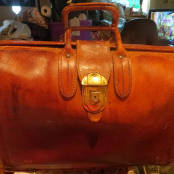 Antique  distressed Leather Doctor's Satchel with Yale Lock STEAMPUNK travel bag
