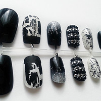 Black & White Hand Painted Fake Nails, False Nail Set, Artificial Nails, European Short Nails, Hand Painted Nail Art