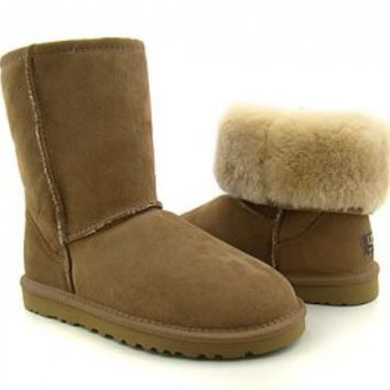 UGG Classic Short Boots Womens Chestnut 5825 : UGGS Sale, UGG Australia, UGG Store, Clearance Now! Fast Shipping!