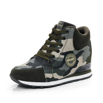 Canvas Shoes Camouflage Military women Casual Shoes Spring Autumn Breathable Camo Flat