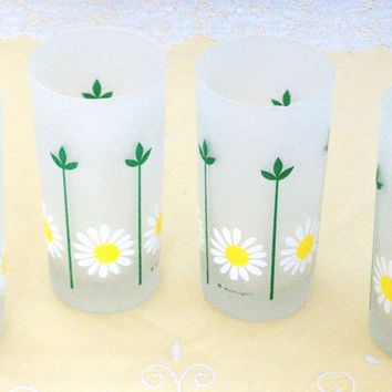 Vintage Drinking Tumblers, Mod Glasses, 1970's Sunflower Drinking Cups in Frosted Soft White.